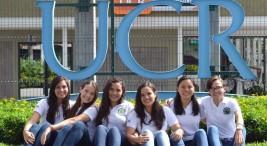 Estudiantes de la UCR