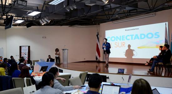 UCR Costa Rica alberga debate sobre inclusion tecnologica en Latinoamerica