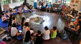 El encuentro contó con un intercambio de semillas que aportaron las mujeres de cada una de las comunidades. Foto: Angélica Castro.