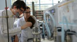04/10/2017, Laboratorio de Ingeniería Química, estudiantes,