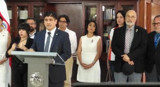 Declaracion conjunta de las federaciones de estudiantes de los rectores de las universidades publicas y el Gobierno de la Republica